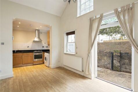 Allfarthing Lane, London, SW18. 1 bedroom terraced house