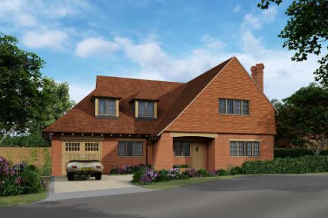Lloyd George Gardens, Tilford Road, Churt, Farnham, GU10 2LN. 3 bedroom detached house for sale