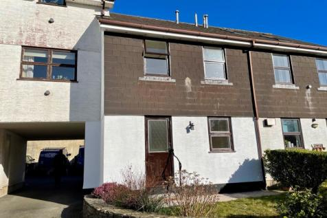 Cookworthy Court, Kingsbridge. 3 bedroom terraced house