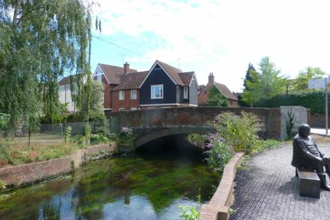 The Friars, Canterbury, CT1 2AS. 2 bedroom terraced house