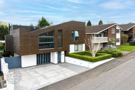 Woodstock Drive, Worsley, Manchester, M28. 4 bedroom detached house for sale