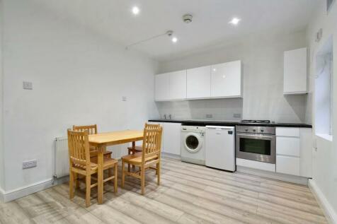 Sandringham Road, London, E8. 1 bedroom apartment
