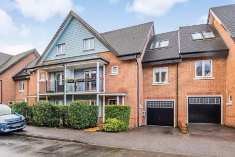 Reeds Meadow, Redhill. 5 bedroom terraced house for sale
