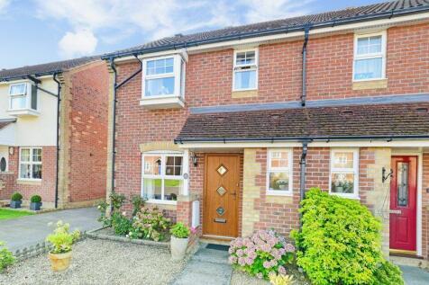 Win Green View, Shaftesbury, SP8. 3 bedroom semi-detached house
