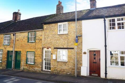 Newland, Sherborne. 2 bedroom terraced house