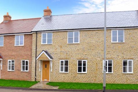 Shaftesbury Road, Henstridge BA8. 2 bedroom terraced house