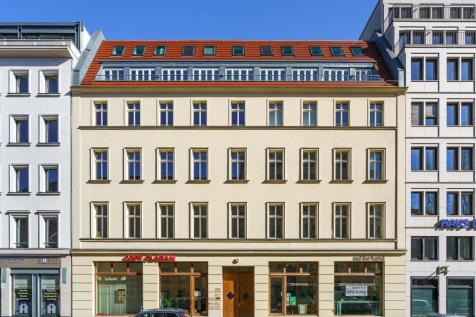 Berlin, Mitte. 2 bedroom apartment for sale