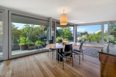 Vaud, La Tour-de-peilz. 3 bedroom apartment for sale