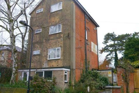 8 Dalton Road, Ipswich, Suffolk, IP1. Studio flat