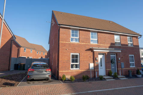 Cold Bay Close, Rogerstone, NP10. 3 bedroom semi-detached house for sale
