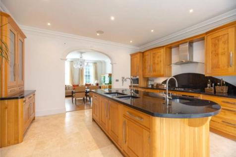Friary Road, Ascot, SL5. 8 bedroom detached house for sale