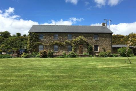 Llantrisant, Pontyclun, Cardiff, Wales, CF72. 5 bedroom detached house for sale