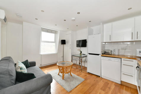 Queensway. 1 bedroom flat