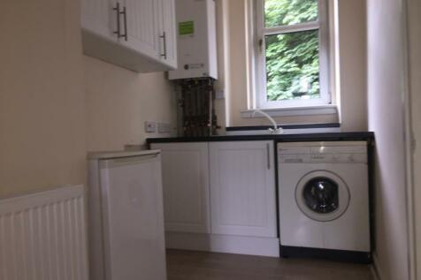 31 1/2 (D), Robert Street, Port Glasgow, PA14 5RH. 1 bedroom flat