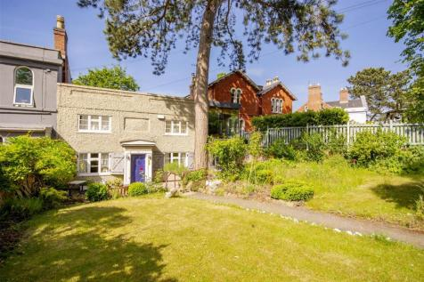 Forest Road East, Arboretum, Nottinghamshire, NG1 4HH. 4 bedroom terraced house for sale