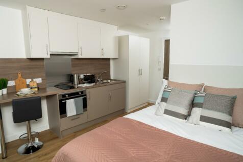 Schoolhill, Aberdeen, Aberdeenshire, AB10. Studio flat