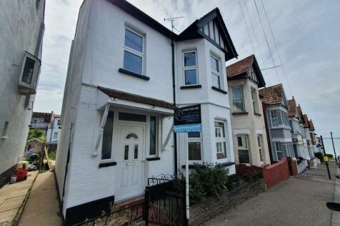 Holland Road, Westcliff-On-Sea, Essex, SS0. 3 bedroom semi-detached house