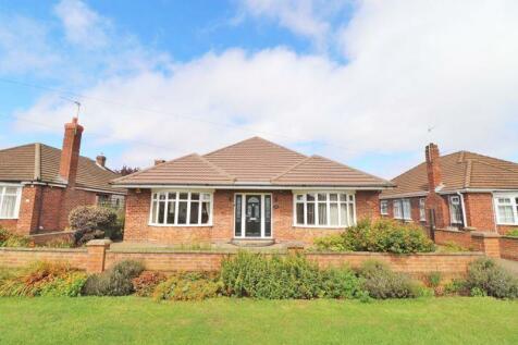 Westward Ho, Grimsby. 4 bedroom detached bungalow