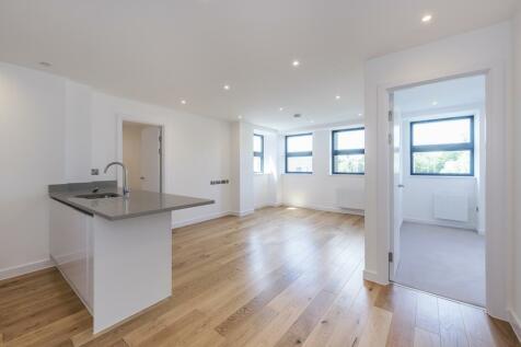 Rockingham Road Uxbridge UB8. 1 bedroom apartment