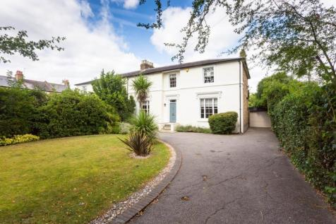 Trafalgar Road, Twickenham. 4 bedroom semi-detached house