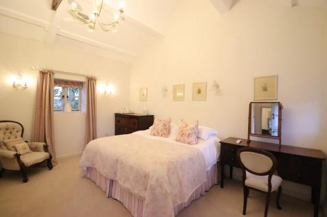 Sutton Mawr Farm, Waycock Road, Barry, The Vale Of Glamorgan. CF62 3AA. 1 bedroom serviced apartment