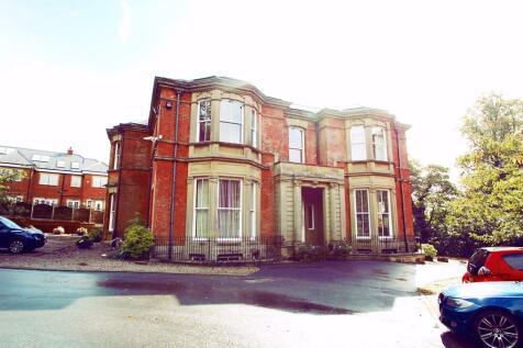 Woodlands Corner. 2 bedroom flat