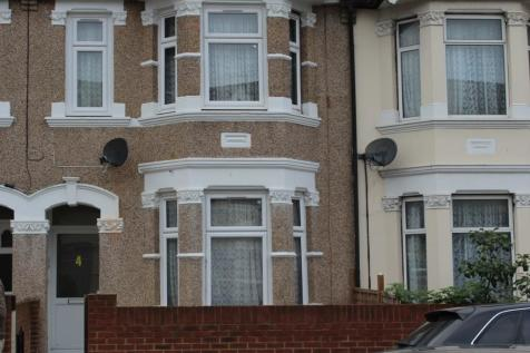 Saxon Road, Southall, Middlesex, UB1. 5 bedroom terraced house for sale