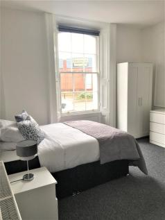 30a Bradford Road, Walsall, West Midlands, WS1 1PN. 1 bedroom house share