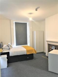 DOUBLE ROOMS AVAILABLE!!!. 1 bedroom house share