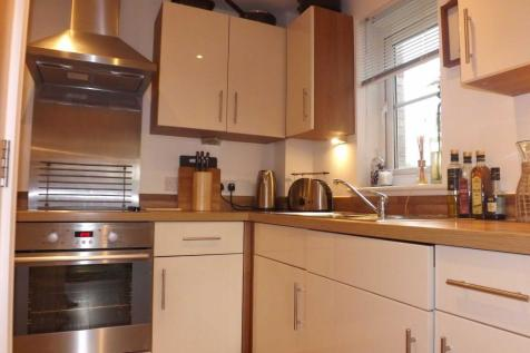 Stevenson Court, Cumberland Place, Hither Green. 1 bedroom flat