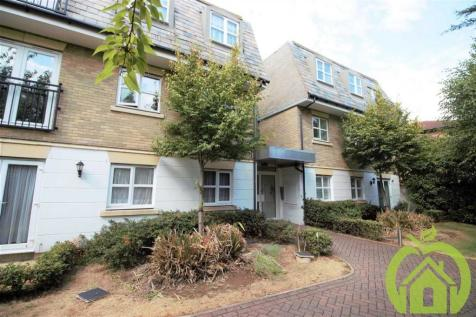Stone House, Suttons Lane, HORNCHURCH. 2 bedroom apartment
