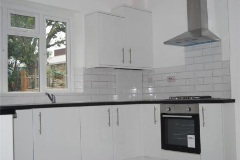 Geraint Road, London, BR1. 3 bedroom house