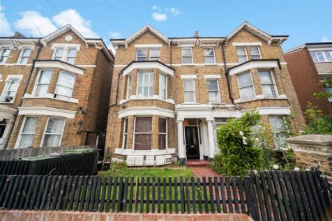 Montrell Road, London, SW2. 2 bedroom flat