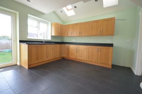 Goring Close, Romford. 4 bedroom terraced house