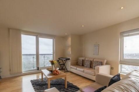 High Road, Ilford, Essex, IG1. 1 bedroom flat