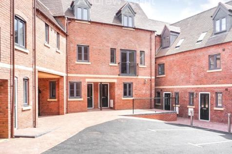 Frederik Court, Infirmary Walk, Worcester, WR1. 2 bedroom town house