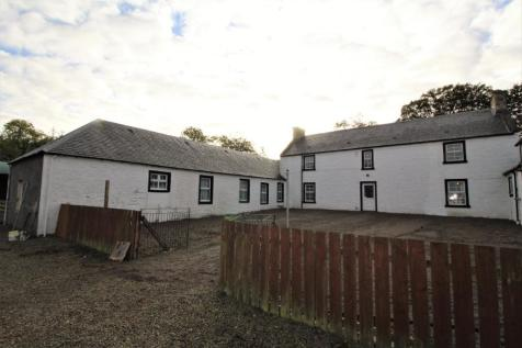 Carnell Estate, Kilmarnock, KA1. 3 bedroom farm house