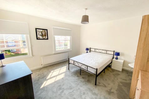Station Way, Colchester. 1 bedroom flat share
