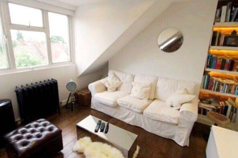 Larden Road, London. 1 bedroom apartment