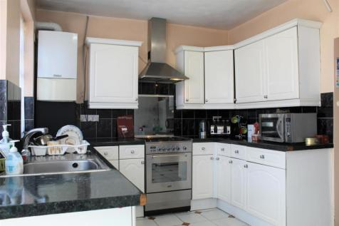 Randolph Road, Southall. 4 bedroom terraced house for sale
