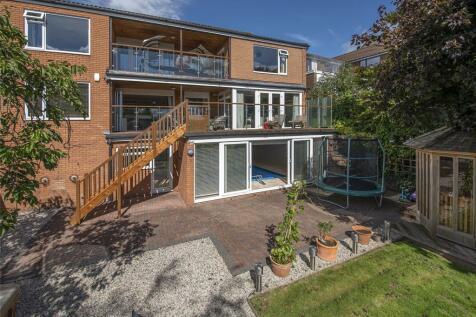 Kempes Close, Long Ashton, Bristol, BS41. 5 bedroom detached house