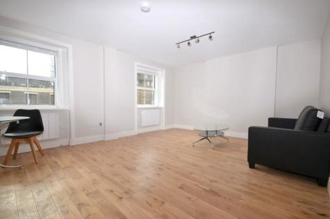 Sutherland Avenue, London, W9. 1 bedroom flat