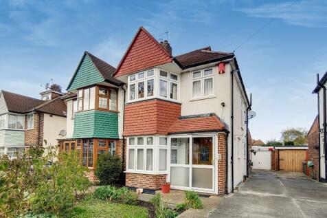 Daneswood Avenue, London, SE6. 4 bedroom semi-detached house for sale