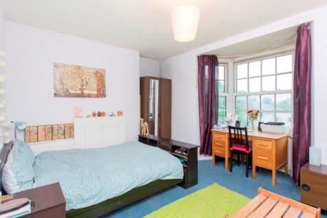 Adelaide Road, London, NW3. 3 bedroom flat