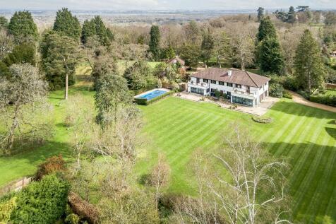 Ridgemead Road, Englefield Green, Surrey, TW20. 5 bedroom detached house for sale