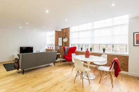 Rococco House, Princelet Street, Spitalfields, E1. 2 bedroom apartment for sale