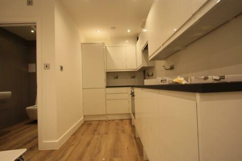 East Dulwich Road, London, SE22. Studio flat