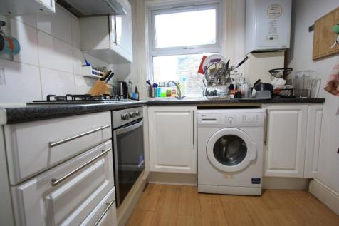Glenthorne Road, London, W6. 2 bedroom flat