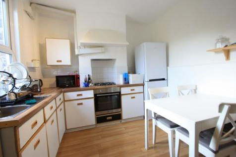 Marian Road, London, SW16. 2 bedroom terraced house