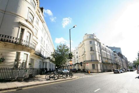 Gloucester Terrace, London, W2. Studio flat